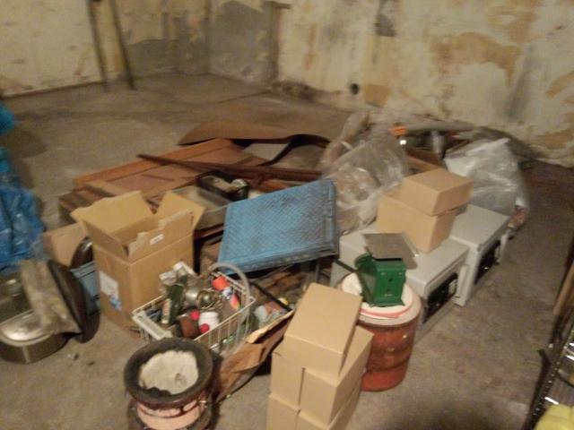 地下室の片付け前