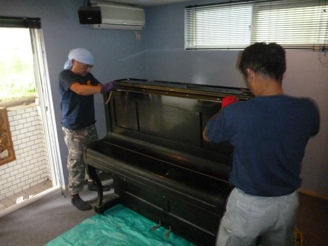 ピアノ解体1