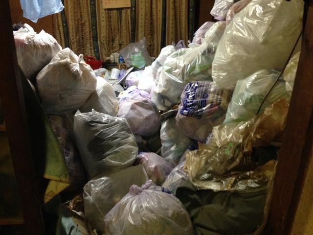 三鷹市の1Kのゴミ屋敷