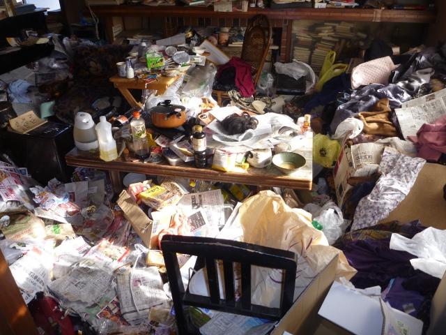 横浜市南区のゴミ屋敷