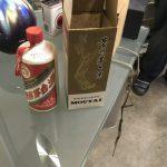 貴州茅台酒(キシュウマオタイシュ)と大量のウイスキーなど